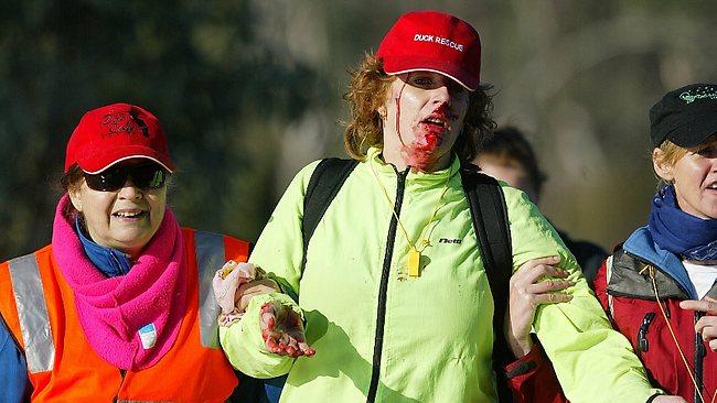 Julia Symons recibió un disparo en la cara por uno de los cazadores de patos en el día de la inauguración de la temporada. Foto: Yuri Kouzmin / Fuente Weekly Times.